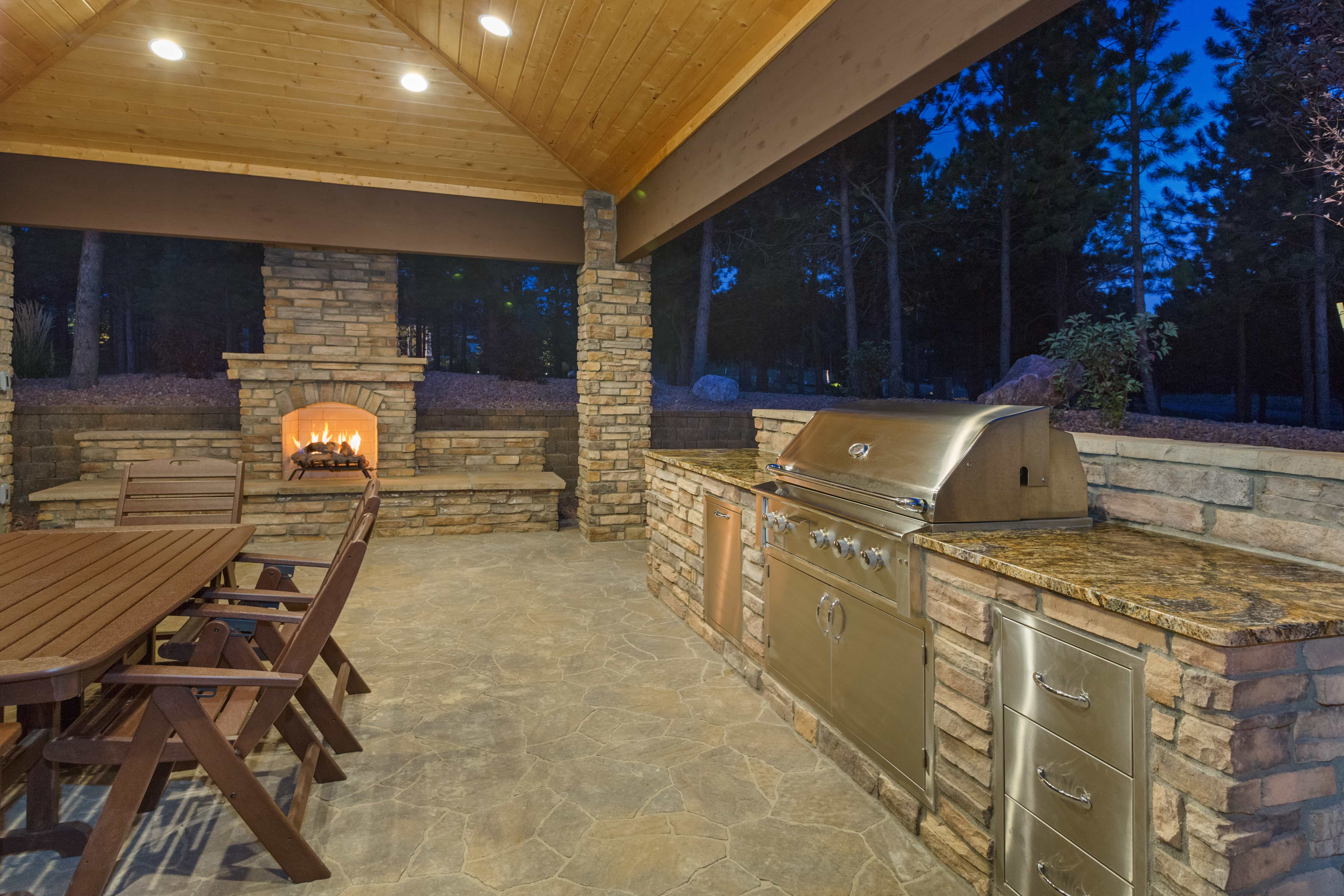 Top 5 Grills For Your Outdoor Kitchen Made In The Shade Patio Bbq